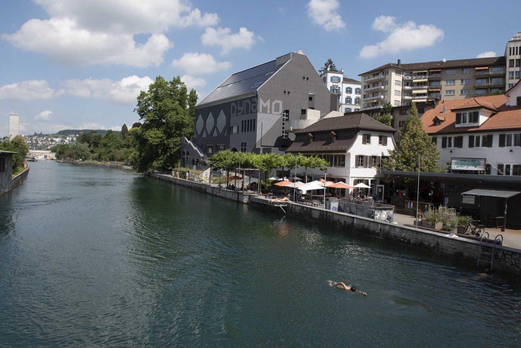 zürich-rivier-zwemmen