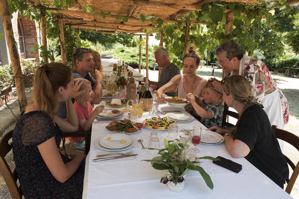 italië-toscane-lavialla-lunch