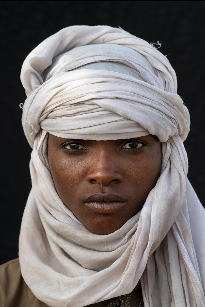 tsjaad-tribale-volken-wodabee-jongen