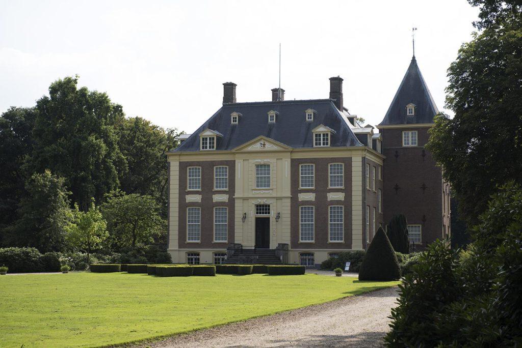 buitenleven-landgoed-verwolde-koetshuis-kasteel