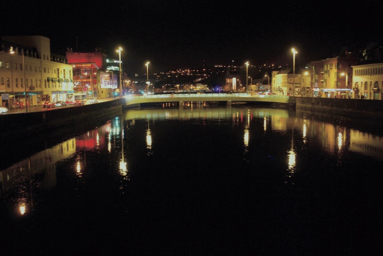 cork-brug-verlicht