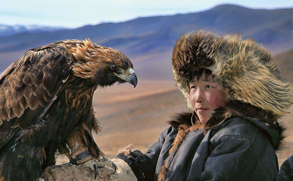 dark-heavens-hamid-sardar-mongolië-jager-adelaar