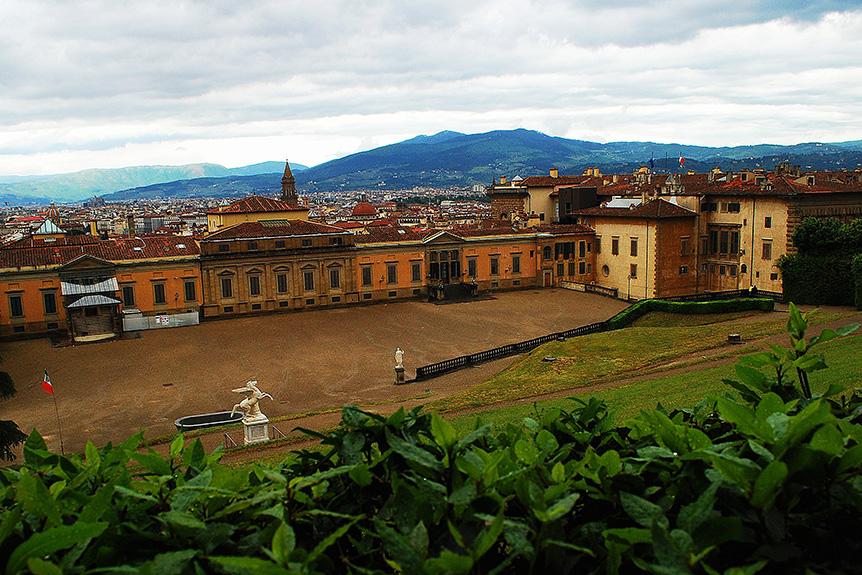 florence-boboli-gardens-view-city