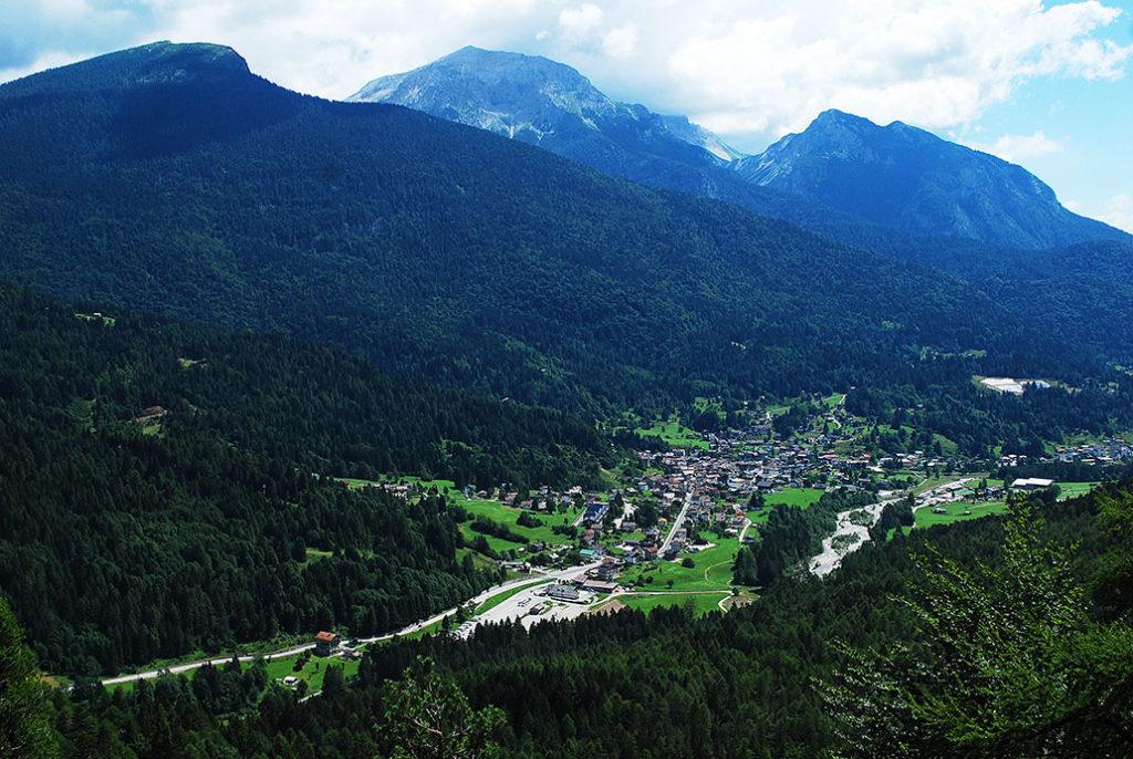 friuli-belvedere-sul-lavinal-alpen-dolomieten
