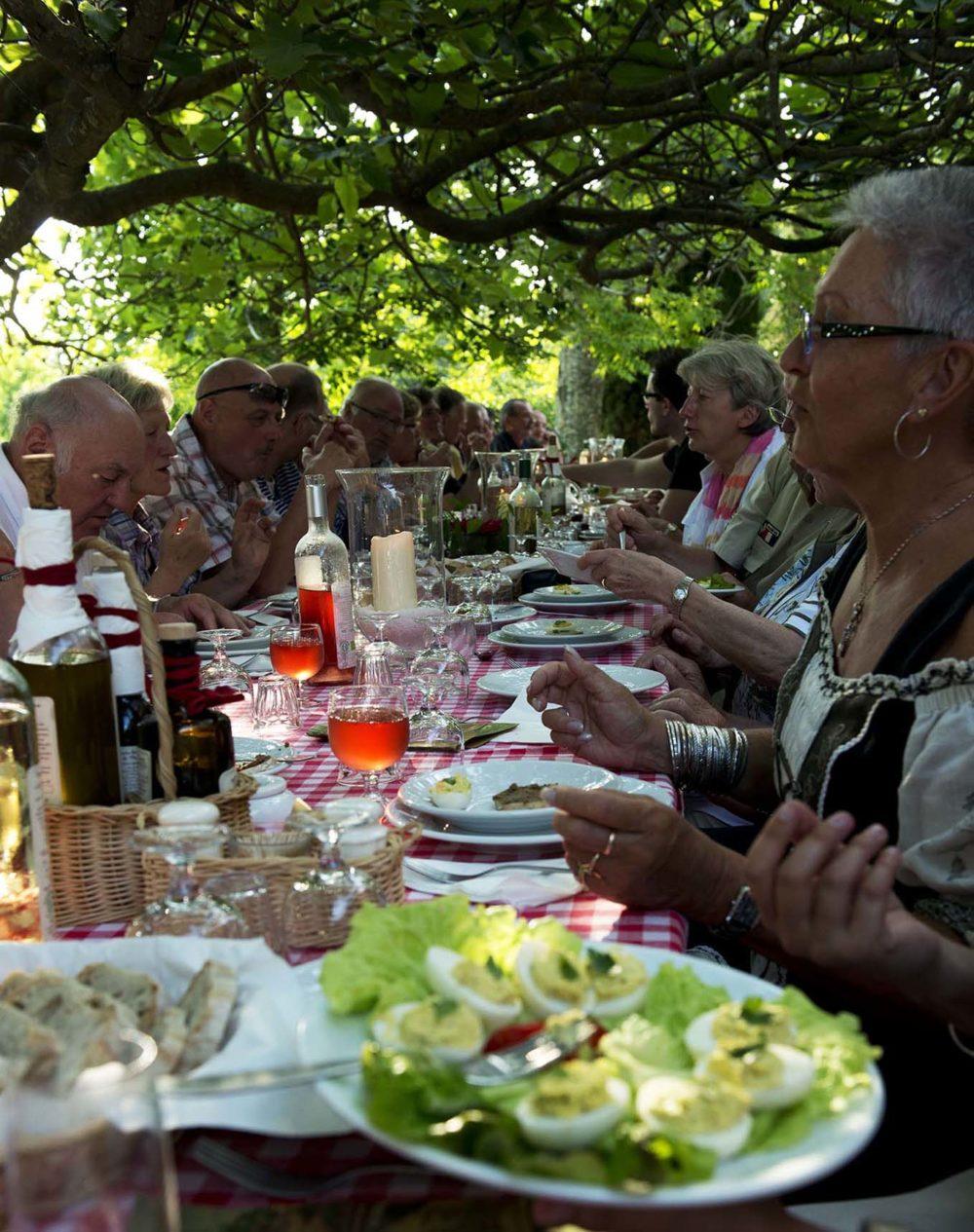 italie-fatorria-la-vialla-aan-tafel