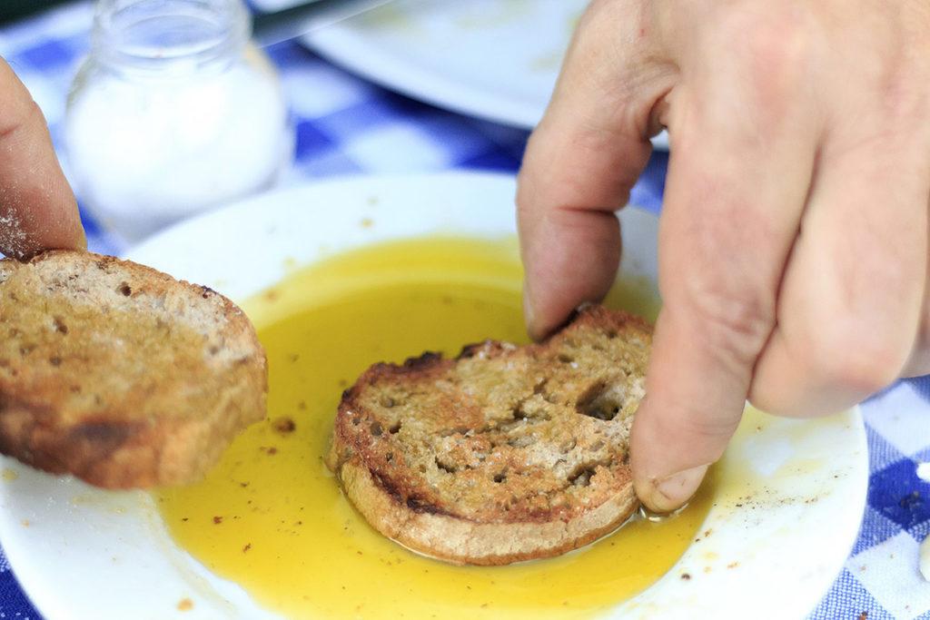 italie-fatorria-la-vialla-olijfolie-brood