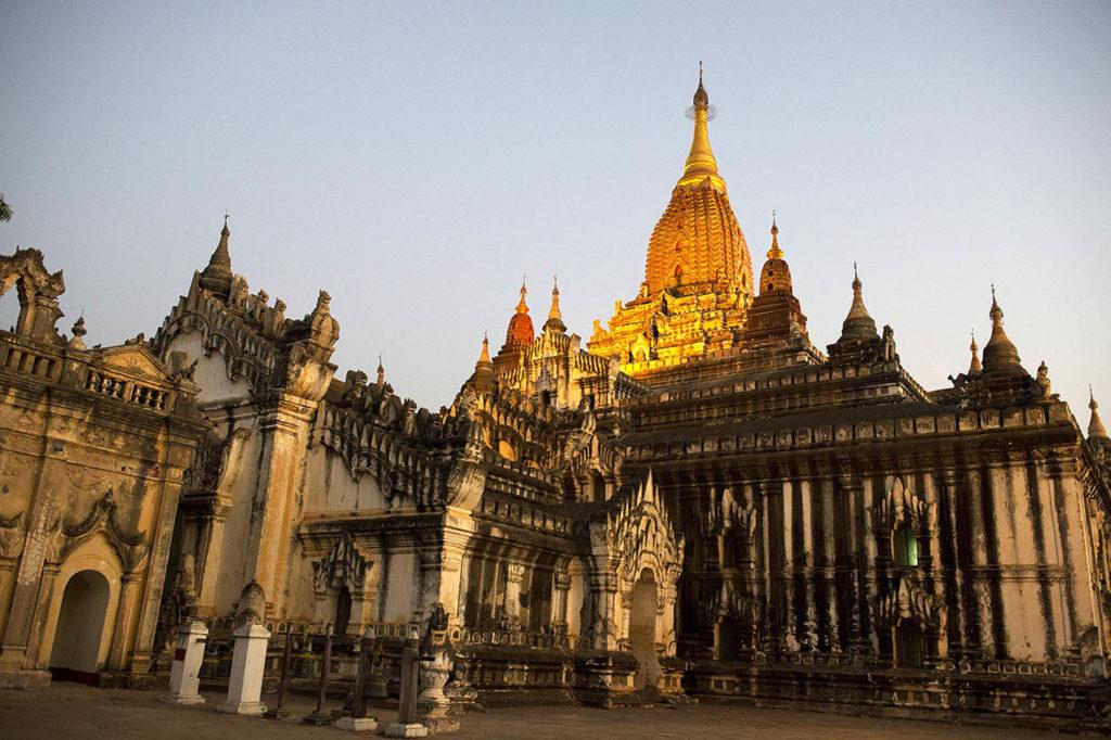 myanmar-bagan-ananda-tempel