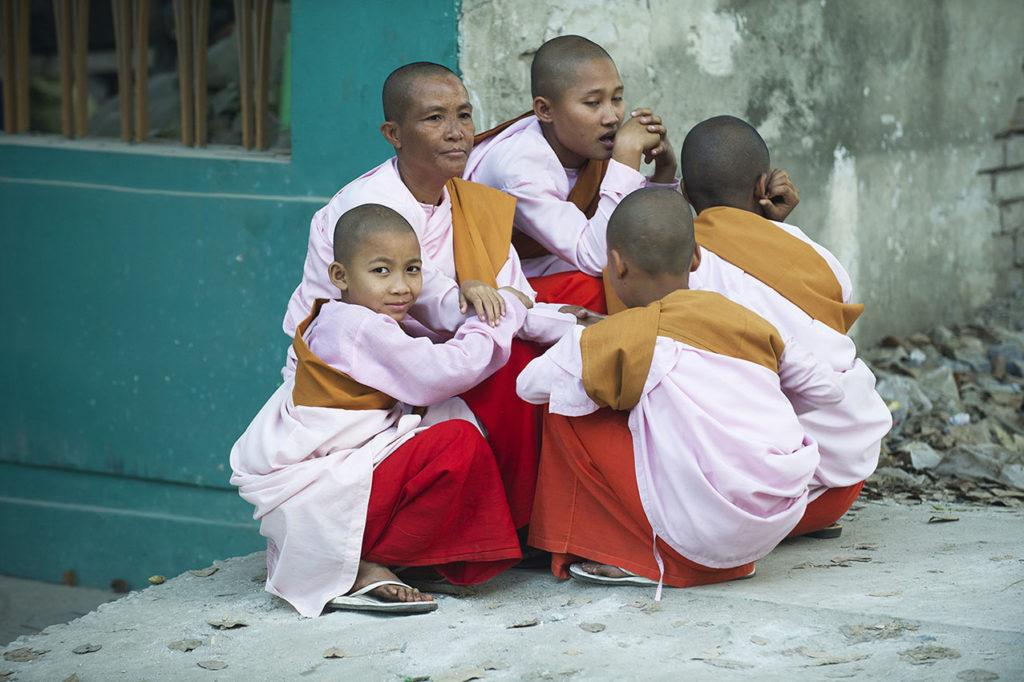myanmar-nonnen-boeddisme