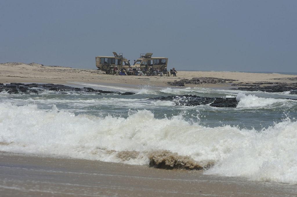 namibië-sleleton-coast-wilderness-safaris-zeeleeuwen-lunch