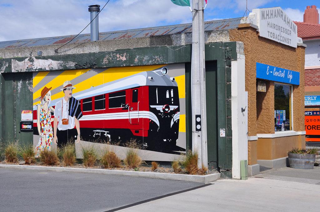 nieuw-zeeland-otaga-rail-trail-train-mural-ranfurly