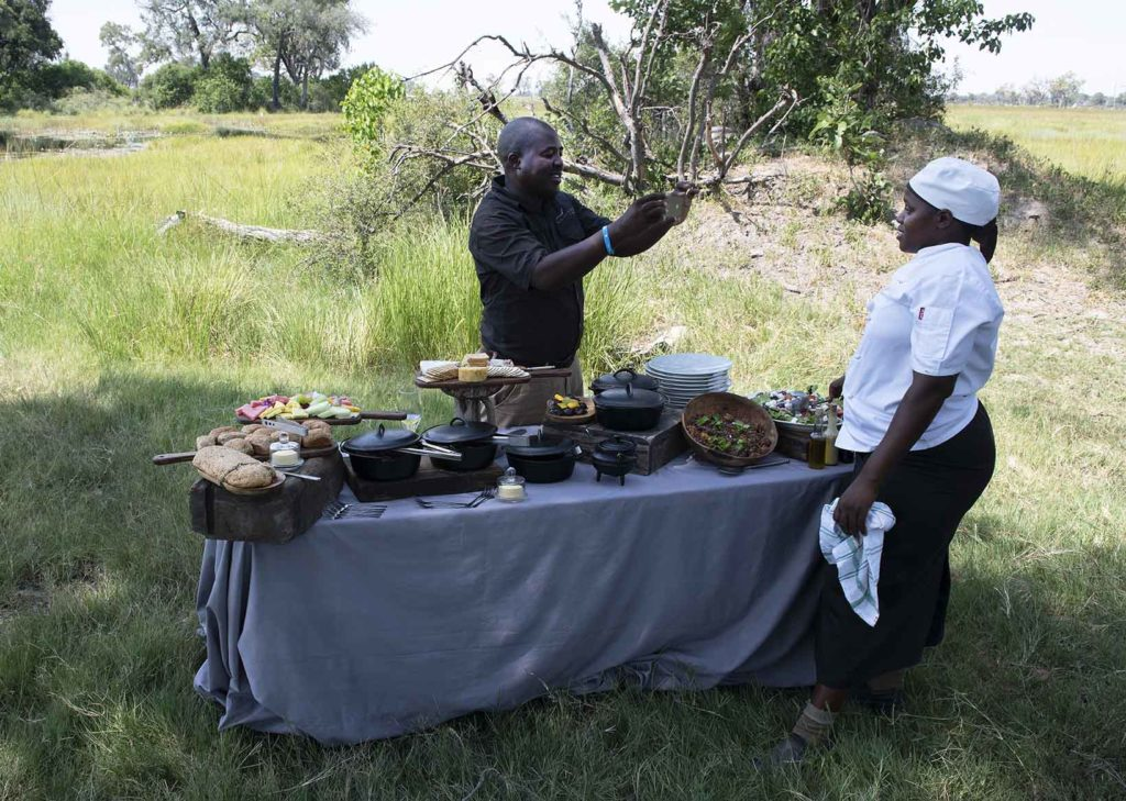 botswana-wilderness-safaris-lunch