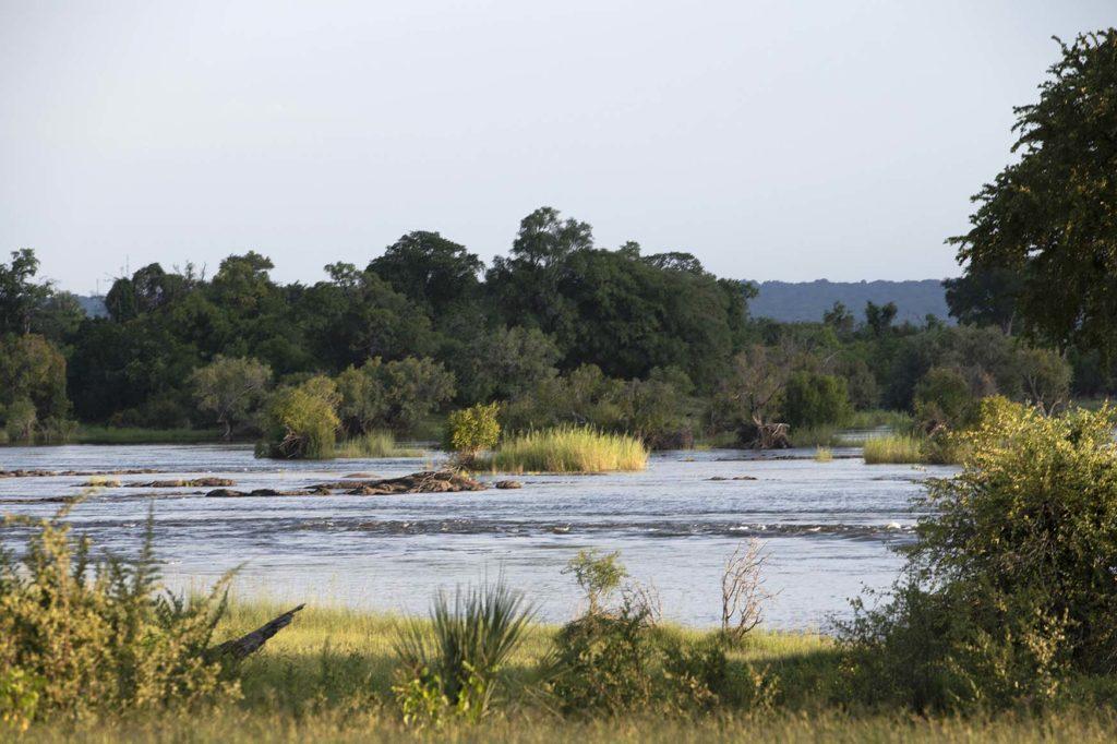 botswana-zambia-zambezi-rivier