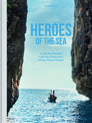 teneus-shop-heroes-of-the-sea-dalai-lama-cover