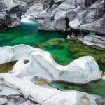 water-rudi-sebastiaan-teneues-verzasca-zwitserland