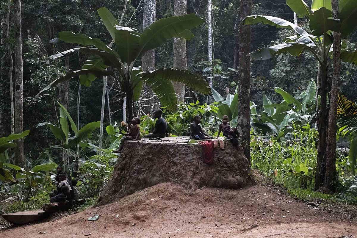 kameroen-baka-pygmeeën-tribes-kinderen