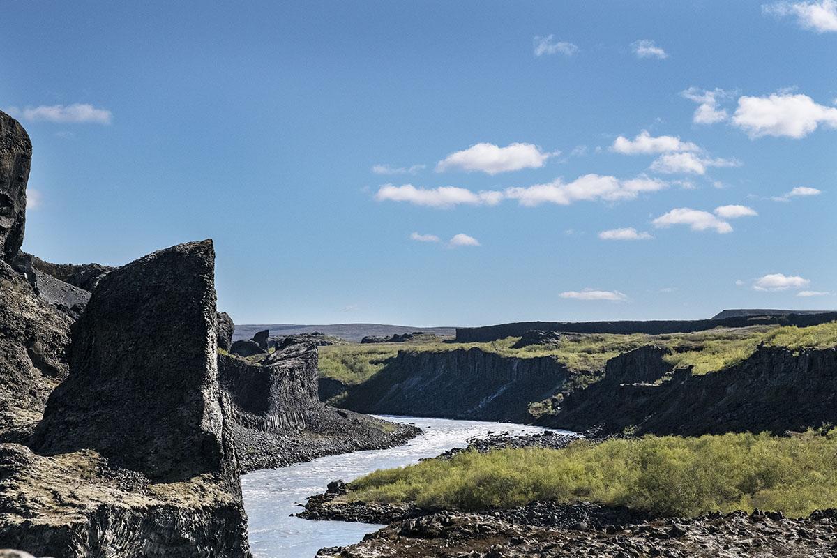 ijsland-noorden-hljóðaklettar