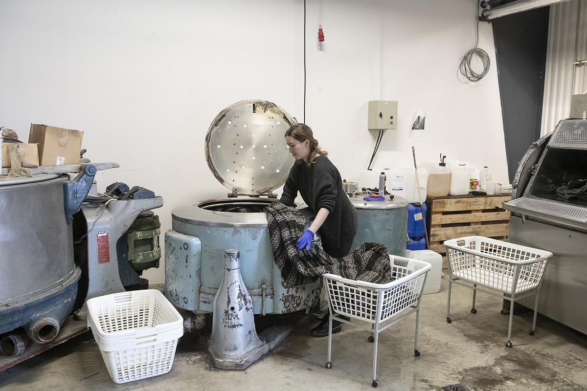 ijsland-noorden-kidka-wolfabriek-hvammstangi
