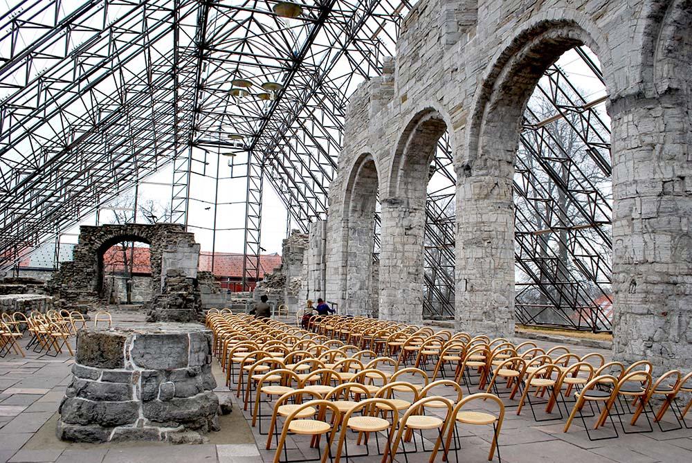 hedmarlsmuseet-hamar-kathedraal-hamar-noorwegen