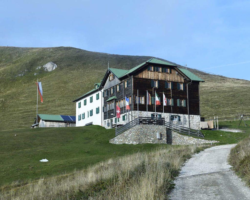 Schutzhütte-raschötz-zuid-tirol-henk-bothof