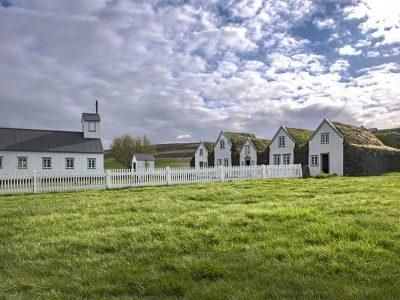 iceland-north-grenjaðarstaður-peathouses-church