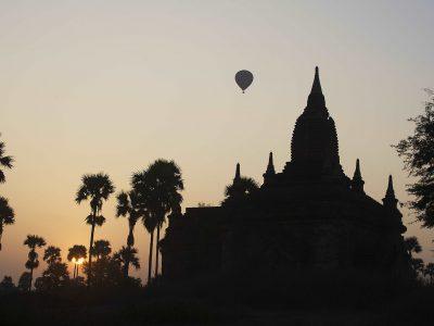 myanmar-bagan-balloon-flight-sunset